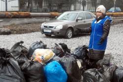 Свято-Георгиевцы одели селян в тёплую одежду