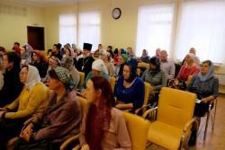 Педагоги воскресной школы Свято-Георгиевского храма поделились опытом с коллегами